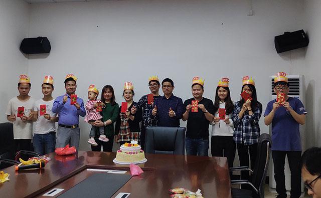 昊派门窗第九届员工生日庆祝02