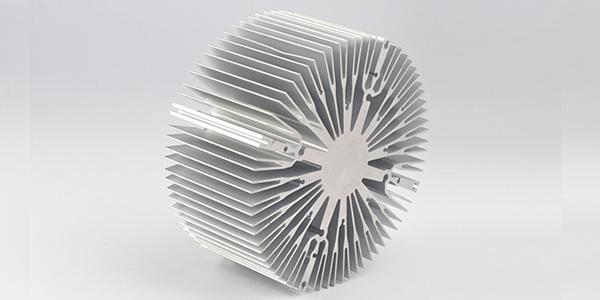 太阳花铝型材散热器