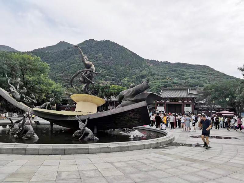 华清池杨玉环雕像