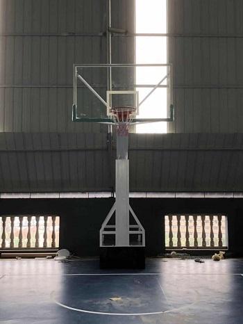 移动仿液压篮球架 (4)