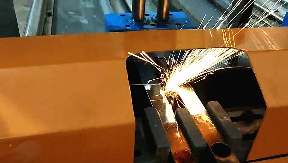 全自动不锈钢冲孔带切割机