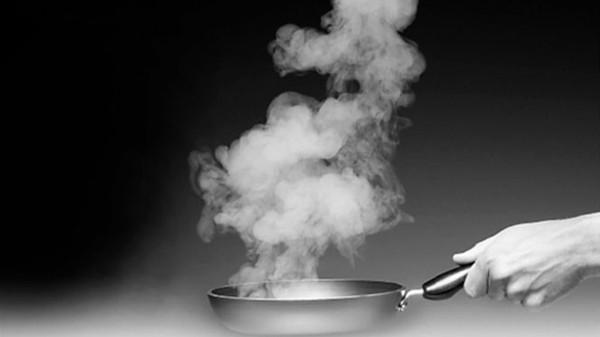 成都好的养老院一暄康养减少厨房油烟的小窍门-厨房油烟