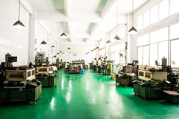 选择精密冲压件加工厂需要注意哪些呢?「锐硕五金」