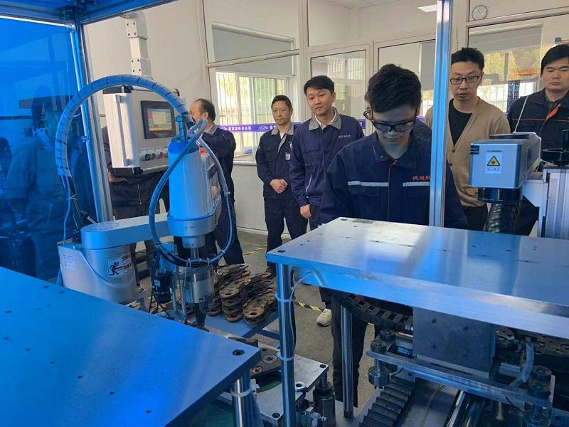 自動化檢測分解機順利通過上海鐵路局聯合專家組驗收—挪亞方舟