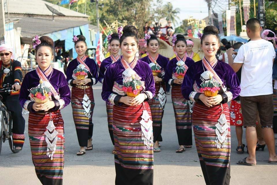西双版纳的傣族妇女