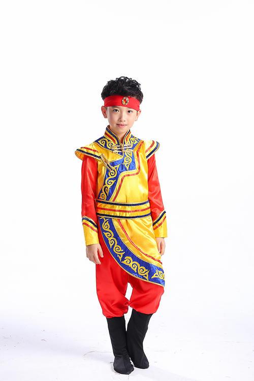 达斡尔族传统服饰