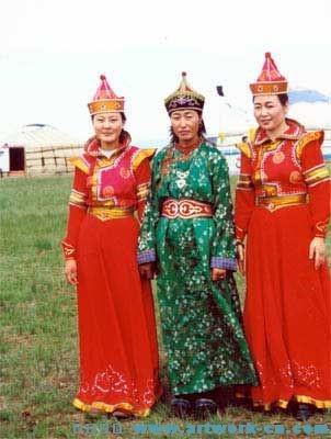 蒙古族服饰1