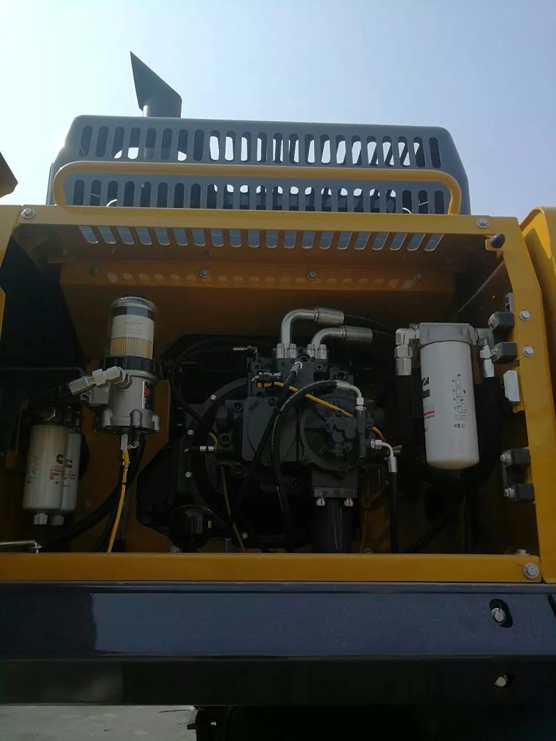 徐工XE490DK挖掘机保养方便