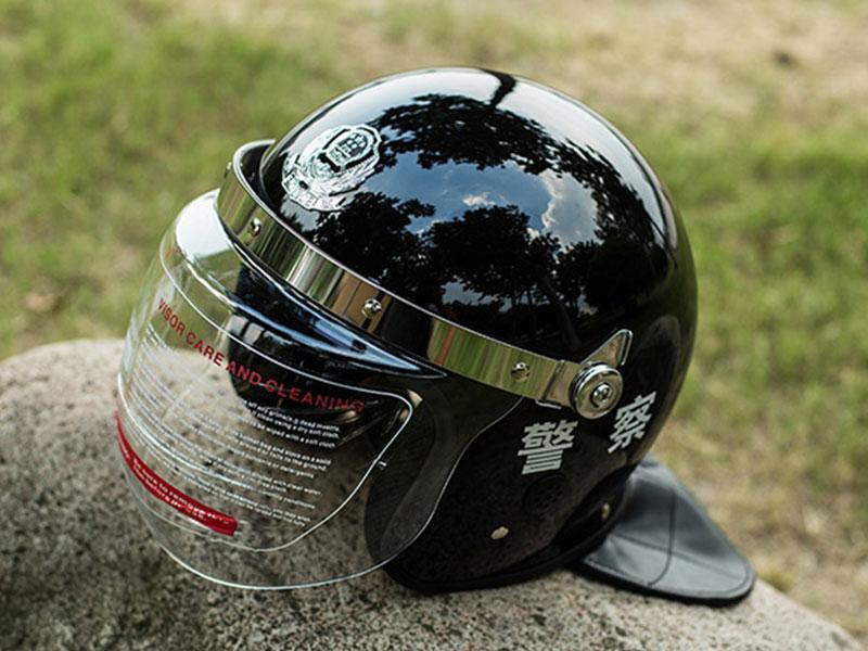 靖江固安:警用防暴头盔真那么结实吗?