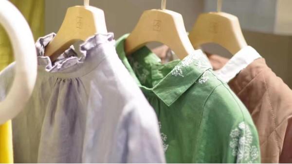 衣柜衣架选哪个材质的好