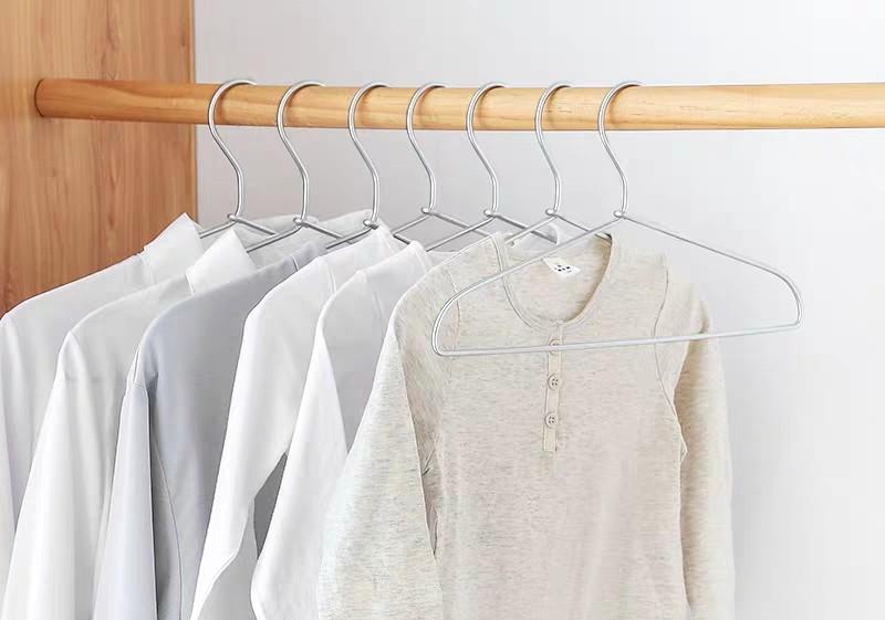 大衣柜的挂衣架有哪几种