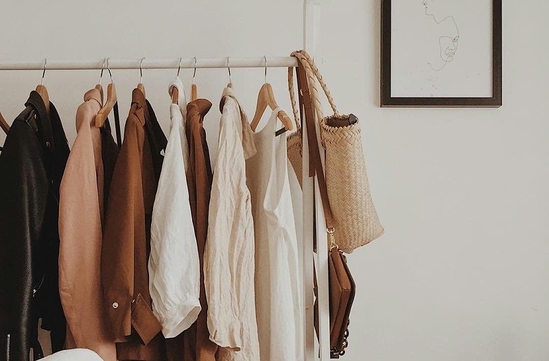 卧室晾衣架
