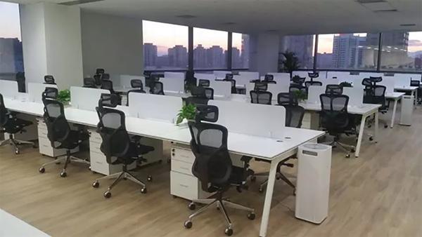 GAVEE百平米办公家具屏风卡位定制案例