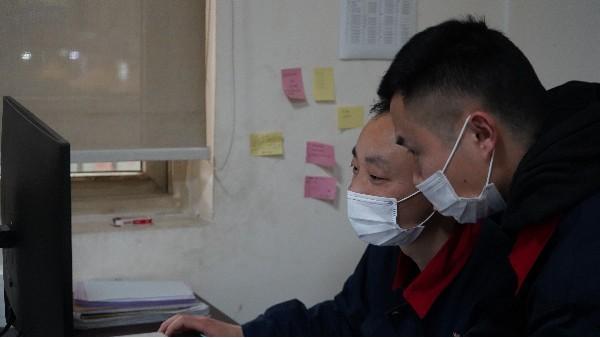 人脸识别系统由哪几部分组成——欣荣泰工人施工现场