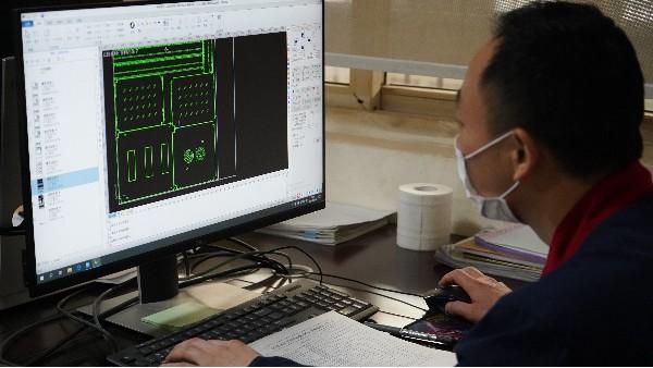 新风系统对机房整体的影响——欣荣泰施工现场