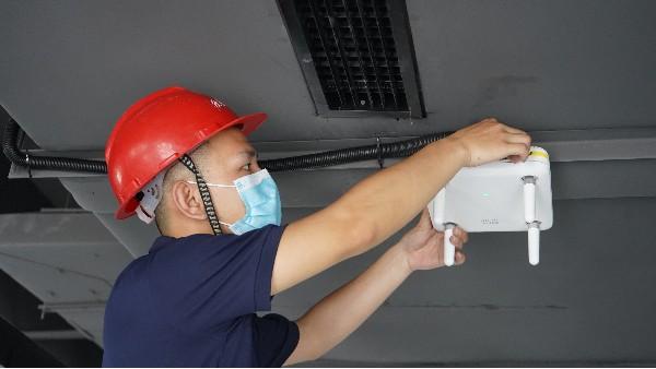 各类弱电系统设计需要注意事项——欣荣泰工人施工现场