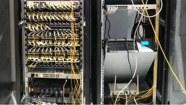 高端小区智能化弱电系统如何设计——欣荣泰施工现场