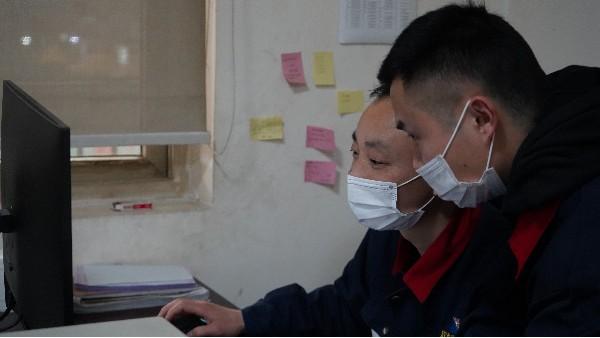 人脸识别系统的注意事项——欣荣泰工人施工现场