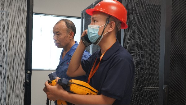 酒店建筑弱电系统设计方案——欣荣泰工人施工现场