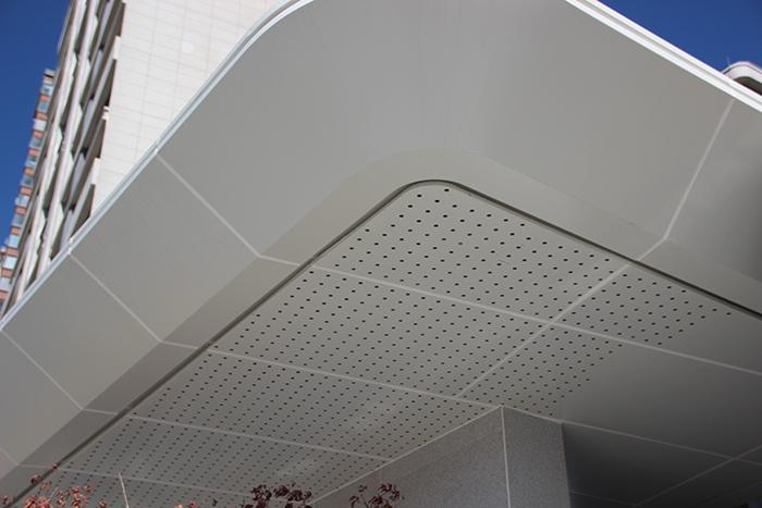 新希望集團昆明樓盤室外鋁單板裝飾工程項目