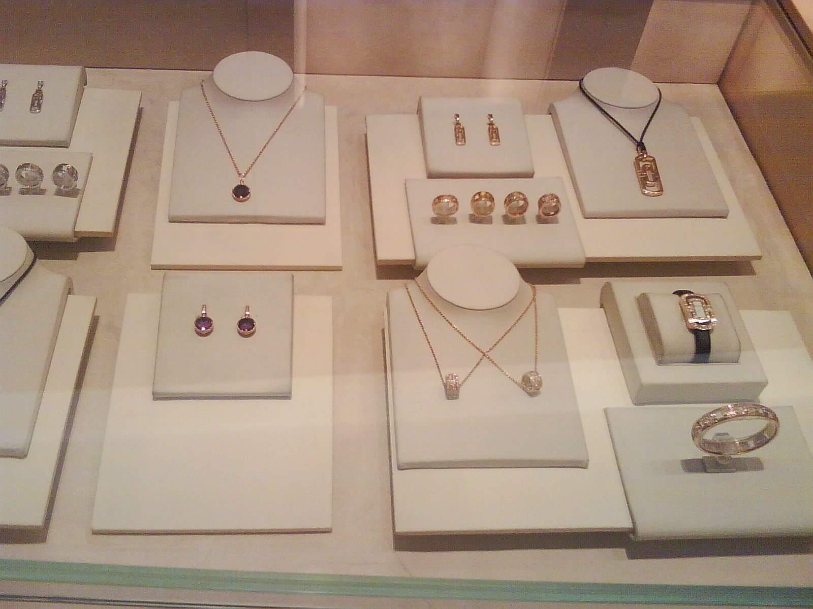 珠宝陈列3步提高你的店铺格调